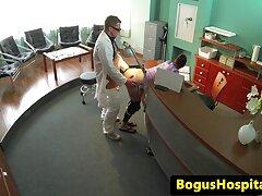 طالب افلام سكسيه افلام سكسيه عراقيه روسي في غرفة للتدليك